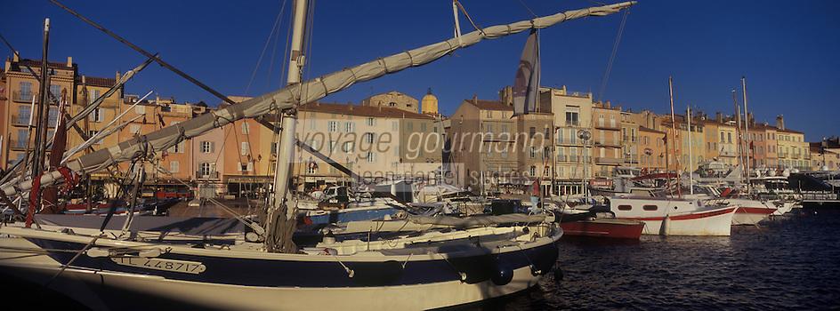 Europe/Provence-Alpes-Côte d'Azur/83/Var/Saint-Tropez: Le Port et les yachts