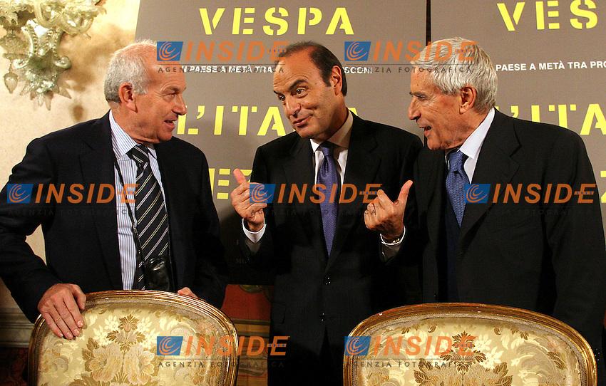 Roma, 23/11/2006 Presentazione del nuovo libro di Bruno Vespa dal titolo. &quot;L'Italia spezzata&quot;. alla quale sono intervenuti Fausto Bertinotti e Franco Marini.<br /> Photo Samantha Zucchi Inside (www.insidefoto.com)