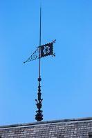France, Aquitaine, Pyrénées-Atlantiques, Béarn, Pau: Quartier Trespoey, l'influence anglaise à Pau - Villa Nito - détail girouette //  France, Pyrenees Atlantiques, Bearn, Pau: Trespoey aera, English influence in Pau
