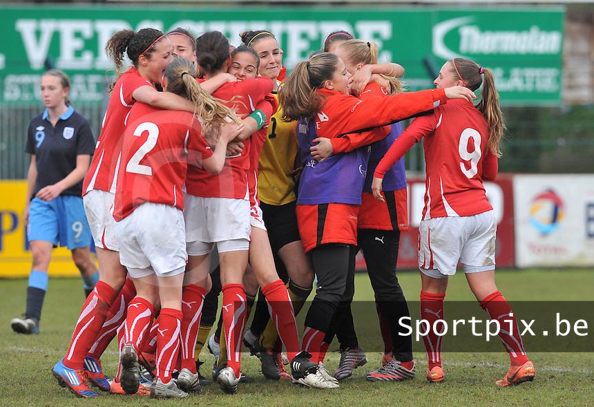 UEFA Women's Under 17 Championship - Second Qualifying round - group 1 : England - Switzerland : .vreugde na het fluitsignaal bij Zwitserland.foto DAVID CATRY / Vrouwenteam.be
