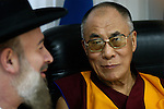 Tibetan Spiritual leader and Peace Nobel Prize winner Dalai Lama (R) with Israeli Chief Rabbi Yonah Metzger (L), on a visit in Israel.<br /> February 19th, 2006 (Photo by Ahikam Seri).