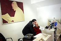 Redazione dell'Osservatore Romano, Citta' del Vaticano, 10 marzo 2009. Sullo sfondo, una foto di Papa Giovanni Paolo II..Editorial office of the Vatican newspaper L'Osservatore Romano, Vatican City, 10 march 2009. On background, a picture portrayng Pope John Paul II..UPDATE IMAGES PRESS/Riccardo De Luca