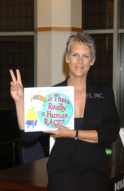 WWW.ACEPIXS.COM . . . . . ....September 5, 2006, New York City. ....'Is There Really a Human Race' Book signing with Jamie Lee Curtis at Barnes & Noble. ....Please byline: KRISTIN CALLAHAN - ACEPIXS.COM.. . . . . . ..Ace Pictures, Inc:  ..(212) 243-8787 or (646) 769 0430..e-mail: info@acepixs.com..web: http://www.acepixs.com