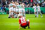 01.05.2019, RheinEnergie Stadion , Köln, GER, DFB Pokalfinale der Frauen, VfL Wolfsburg vs SC Freiburg, DFB REGULATIONS PROHIBIT ANY USE OF PHOTOGRAPHS AS IMAGE SEQUENCES AND/OR QUASI-VIDEO<br /> <br /> im Bild | picture shows:<br /> Abpfiff in Köln, die Frauen des VfL Wolfsburg jubeln über den fünften Pokalsieg in Serie | Enttauschung auf Freiburger Seite, <br /> <br /> Foto © nordphoto / Rauch