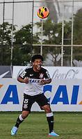 SAO PAULO, SP, 07 JUNHO DE 2013 - TREINO DO CORINTHIANS - Romarinho jogador do Corinthians durante treino na tarde desta sexta-feira, 07 no CT Joaquim Grava regiao leste da cidade de Sao Paulo. FOTO: VANESSA CARVALHO - BRAZIL PHOTO PRESS.
