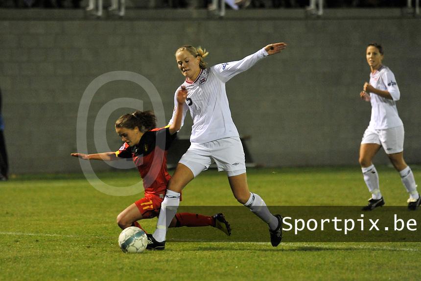UEFA Women's Euro Qualifying group stage (Group 3) -  KFC Dessel - Armand Melis Stadion : BELGIUM - NORWAY ( Belgie - Noorwegen) : Marita Lund duwt Davina Philtjens neer.foto DAVID CATRY / Vrouwenteam.be / Loft6.be