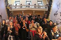 PORTO ALEGRE, RS, 07.08.2018 - POLITICA-RS - Servidores municipais de Porto Alegre ocuparam a Prefeitura de Porto Alegre nesta terça-feira (7). Eles faziam um ato em frente ao Paço Municipal e entraram no prédio no fim da manhã. (Foto: Naian Meneghetti/Brazil Photo Press)