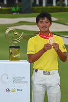 New champion, Takumi KANAYA (JPN) following Rd 4 of the Asia-Pacific Amateur Championship, Sentosa Golf Club, Singapore. 10/7/2018.<br /> Picture: Golffile | Ken Murray<br /> <br /> <br /> All photo usage must carry mandatory copyright credit (© Golffile | Ken Murray)