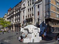 Brunnen Delijska, Fu&szlig;g&auml;ngerzone Knez Mihailova -Prinz-Michael-Stra&szlig;e, Belgrad, Serbien, Europa<br /> fountain Delijska, pedestrian area Knez Mihailova, Belgrade, Serbia, Europe