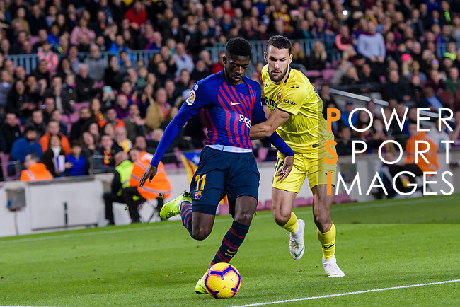 Ousmane Dembele of FC Barcelona (L) fights for the ball with Alfonso Pedraza of Villarreal (R) during the La Liga 2018-19 match between FC Barcelona and Villarreal at Camp Nou on 02 December 2018 in Barcelona, Spain. Photo by Vicens Gimenez / Power Sport Images
