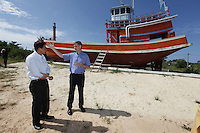 Minister of the Environment and International Development, Erik Solheim, during a visit to Khao Lak, north of Phuket.  Tsunami memorial in Baan Nam Khem. The area was severley hit by the Tsunami that struck Asia 26/12/2004.The area has since been rebuilt, and tourists have returned.  <br /> ©Fredrik Naumann/Felix Features.