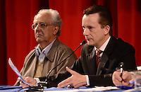 SAO PAULO, 31 DE JULHO DE 2012 - ELEICOES 2012 RUSSOMANO - Candidato Celso Russomano em reunião com representantes do Sinesp - Sindicato dos Especialistas em Educação do Ensino Público Municipal de Sao Paulo, no teatro Gazeta, regiao central da capital, na manha desta terca feira. FOTO: ALEXANDRE MOREIRA - BRAZIL PHOTO PRESS