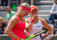 Paris, France, 4 June, 2017, Tennis, French Open, Roland Garros, Woman's doubles: Kiki Bertens (NED) / Johanna Larsson (SWE) (R)<br /> Photo: Henk Koster/tennisimages.com