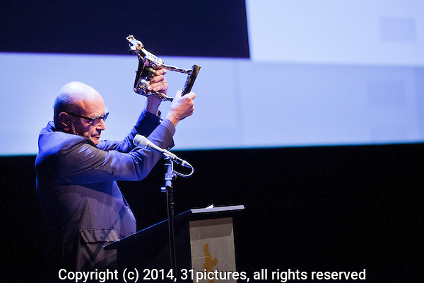 Nederland, Utrecht, 24 oktober 2014. Het 34ste Nederlands Film Festival 2014. Openingsavond NFF 2014 met premiere Bloedlink. Bekendmaking en winnaar Gouden Kalf voor de Cultuurprijs producent en regisseur Burny Bos. Foto: 31pictures.nl / The Netherlands, Utrecht, 24 September 2014. The 34rd Netherlands Film Festival 2014. NFF 2014 opening night with premiere Bloedlink. Announcement and winner Gouden Kalf voor de Cultuurprijs producer and director Burny Bos. Photo: 31pictures.nl / (c) 2014, www.31pictures.nl