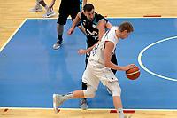 LEEUWARDEN - Basketbal, Donar - Estudiantes, Kalverdijkje, Champions League,  29-09-2017, Donar speler Evan Bruinsma met Estudiantes  speler  Goran Suton
