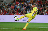 LOULE, PORTUGAL, 20.07.2017 - ALGARVE FOOTBALL CUP 2017: BENFICA x REAL BETIS - Julio Cesar, goleiro do Benfica, durante a partida de futebol a contar para o Algarve Football Cup 2017 entre Benfica e Real Betis, no Estádio do Algarve, em Louke, Portugal, nessa quinta 20. (Foto: Bruno de Carvalho / Brazil Photo Press)