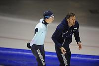 SCHAATSEN: HEERENVEEN: IJsstadion Thialf, 05-02-15, Training World Cup, Bart Swings (BEL), Rutger Tijssen (trainer/coach Team Stressless), ©foto Martin de Jong