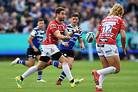 Danny Cipriani of Gloucester Rugby passes the ball. Gallagher Premiership match, between Bath Rugby and Gloucester Rugby on September 8, 2018 at the Recreation Ground in Bath, England. Photo by: Patrick Khachfe / Onside Images