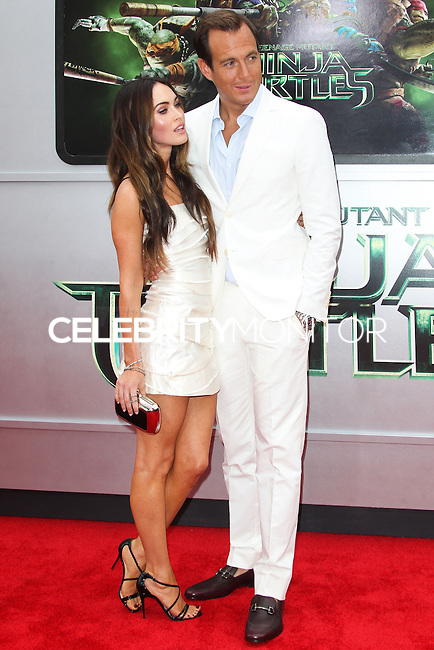 WESTWOOD, LOS ANGELES, CA, USA - AUGUST 03: Megan Fox, Will Arnett at the Los Angeles Premiere Of Paramount Pictures' 'Teenage Mutant Ninja Turtles' held at Regency Village Theatre on August 3, 2014 in Westwood, Los Angeles, California, United States. (Photo by Celebrity Monitor)