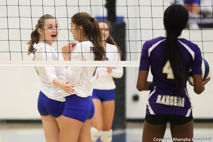 Boswell beats Chisholm Trail 3-0 in district 6-5A high school volleyball in Fort Worth on Tuesday, October 10, 2017. (photo by Khampha Bouaphanh)