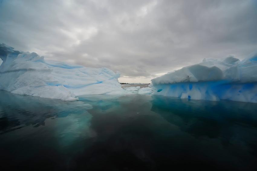 Narrow Passage - Fantastical ice at Planeau Island