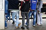 19/05/2015 Bolzano, Italia. Profughi in Europa. Nella foto immigranti africani (Eritrea) a Bolzano aiutati dai volontari in partenza per la Germania via il  Brennero e l'Austria in treno. African migrants mainly from Eritrea wait for trains to reach Germany via Austria as refuges going via the Brennero (Brenner) pass. Non profit organisation (Onlus) Voluntarius, Italian Red Cross, Caritas and Police assist them on Tuesday 18th of May 2015, in Bolzano, North Italy.
