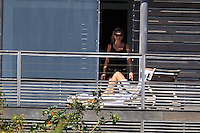 PAP1212352.KATE MOSS RELAXING WITH JAMIE HINCE IN SAINT BARTHPAP1212352.KATE MOSS RELAXING WITH JAMIE HINCE IN SAINT BARTH /NortePhoto