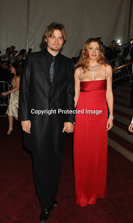 Mira Sorvino and husband Chris Backus..arriving at The Metropolitan Museum of Art's Costume Institute Gala on May 7, 2007 in New York City. The Gala celebrates the exhibition: Poiret: King of Fashion..Robin Platzer, Twin Images......212-935-0770