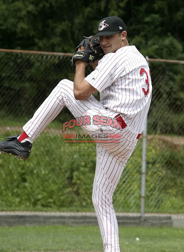 July 14, 2004:  Pitcher Daniel Barone of the Jamestown Jammers, Single-A NY-Penn League affiliate of the Florida Marlins, during a game at Russell Diethrick Park in Jamestown, NY.  Photo by:  Mike Janes/Four Seam Images