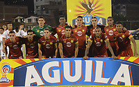 ENVIGADO - COLOMBIA - 09 - 02 - 2018: Los jugadores de Rionegro Aguilas Doradas posan para una foto, durante partido entre Envigado F. C., y Rionegro Aguilas Doradas por la fecha 2 de la Liga Aguila I 2018, en el estadio Polideportivo Sur de la ciudad de Envigado. / The players of Rionegro Aguilas Doradas pose for a photo, during a match between Envigado F. C., and Rionegro Aguilas Doradas for the date 2 of the Liga Aguila I 2018 at the Polideportivo Sur stadium in Envigado city. Photo: VizzorImage / Leon Monsalve / Cont.