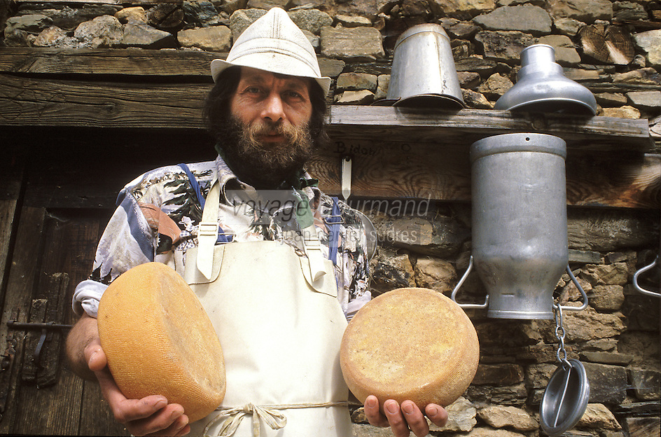 France/09/Ariège/Augirein Couserans : W. Bendick fromager [Non destiné à un usage publicitaire - Not intended for an advertising use]<br /> PHOTO D'ARCHIVES // ARCHIVAL IMAGES<br /> FRANCE 1990