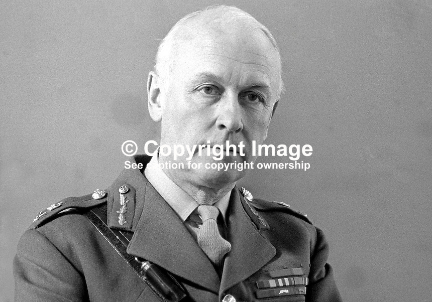 General Sir Ian Freeland, GOC, General Officer Commanding, N Ireland, 197004010123b.<br />