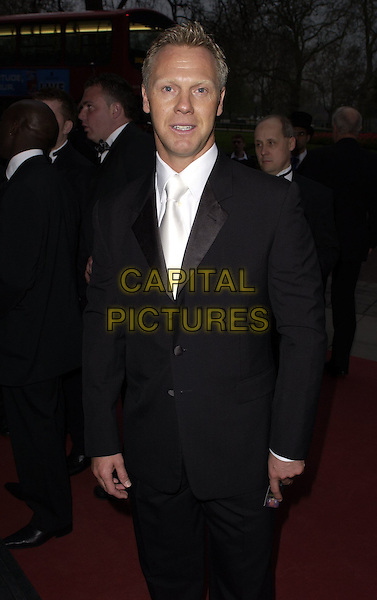 WAREN BARTON.At the Professional Footballers' Association Awards (PFA), Grosvenor House, Park Lane, LOndon, England, .April 23rd 2006..Half length suit bow tie .Ref: CAN.www.capitalpictures.com.sales@capitalpictures.com.©Can Nguyen/Capital Pictures