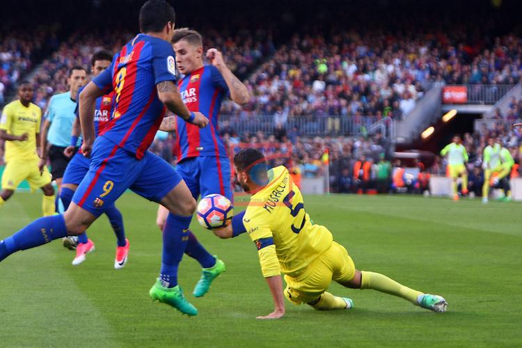 League Santander 2016/2017. Game: 36.<br /> FC Barcelona vs Villarreal CF: 4-1.<br /> Luis Suarez vs Musacchio.