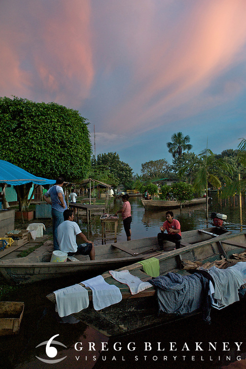 The flooded market in Pueto Narino - Amazonas - Colombia