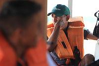 Percursso em direção ao arquipélago do Bailique, saindo por estrada de terra de Macapá por cerca de 2 horas embarcando em voadeira motor quarenta por 3 horas.<br /> Arquipélago do Bailique, Amapá, Brasil.<br /> ©Paulo Santos<br /> 15/09/2016