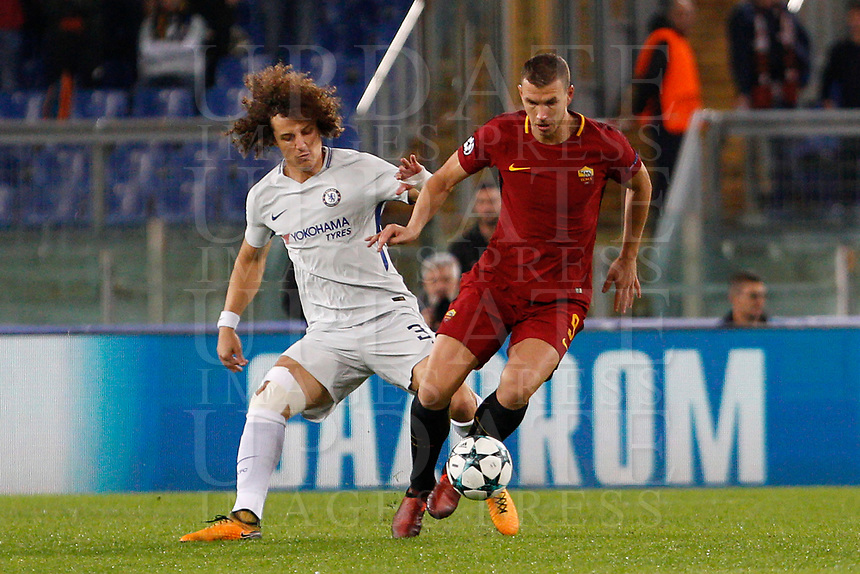 Roma s Edin Dzeko, right, is challenged by Chelsea s David Luiz during the Champions League Group C soccer match between Roma and Chelsea at Rome's Olympic stadium, October 31, 2017.<br /> UPDATE IMAGES PRESS/Riccardo De Luca
