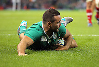 Pictured: Dave Kearney of Ireland scores a try Saturday 19 September 2015<br /> Re: Rugby World Cup 2015, Ireland v Canada at the Millennium, Stadium, Wales, UK