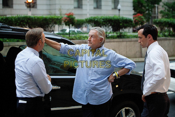 Kevin Spacey, director Joel Schumacher and actor Nathan Darrow on the set of House of Cards<br /> (Season 1)<br /> *Filmstill - Editorial Use Only*<br /> CAP/NFS<br /> Image supplied by Netflix/Capital Pictures