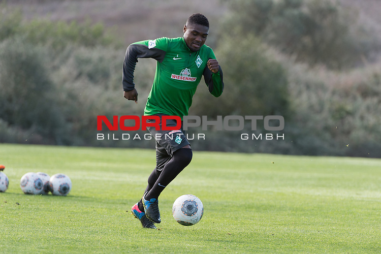 Trainingsgel&auml;nde, Jerez, ESP, 1.FBL, Trainingslager Werder Bremen 2014,  14.01.2014, <br /> <br /> C&eacute;dric Makiadi (Bremen #6)<br /> <br /> Foto &copy; nordphoto/ Kokenge