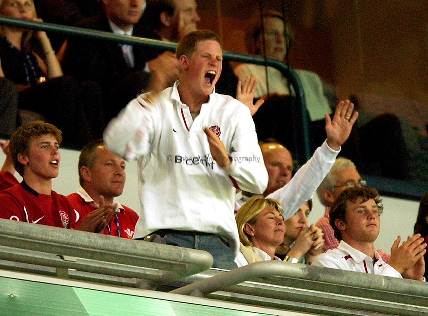Photo: Richard Lane..England v Wales.  Quarter-Final 2, at the Suncorp Stadium, Brisbane. RWC 2003. 09/11/2003..Prince Harry celebrates a Wilkinson penalty.