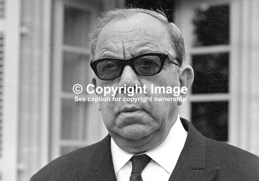 Dr Fazil Kutchuk, vice president, Cyprus, leader, Turkish Community, 197102000071b..Copyright Image from Victor Patterson, 54 Dorchester Park, Belfast, UK, BT9 6RJ..Tel: +44 28 9066 1296.Mob: +44 7802 353836.Voicemail +44 20 8816 7153.Skype: victorpattersonbelfast.Email: victorpatterson@me.com.Email: victorpatterson@ireland.com (back-up)..IMPORTANT: If you wish to use this image or any other of my images please go to www.victorpatterson.com and click on the Terms & Conditions. Then contact me by email or phone with the reference number(s) of the image(s) concerned.