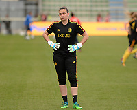 20180410 - FERRARA , ITALY : Belgian Nicky Evrard pictured during warming up ahead of the female soccer game between Italy and the Belgian Red Flames , the fifth game in the qualificaton for the World Championship qualification round in group 6 for France 2019, Tuesday 10 th April 2018 at Stadio Paolo Mazza / Stadio Comunale in Ferrara , Italy . PHOTO SPORTPIX.BE | DAVID CATRY