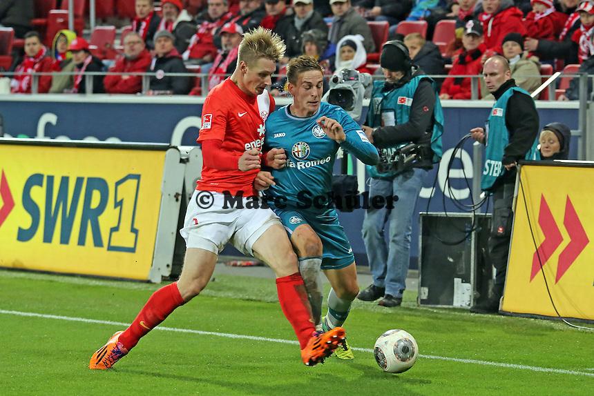 Bastian Oczipka (Eintracht) gegen Sebastian Polter (Mainz) - 1. FSV Mainz 05 vs. Eintracht Frankfurt, Coface Arena, 12. Spieltag