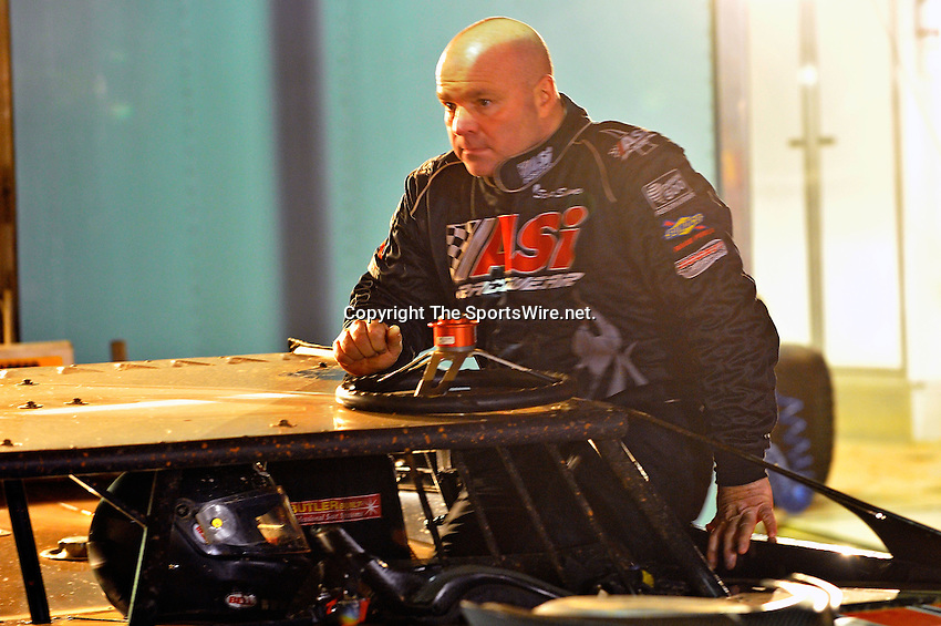 Feb 03, 2011; 6:53:04 PM; Sylvania, GA., USA; An Unsactioned Racing Event Running a 10,000 To Win During Speedweeks 2011 At Screven Motor Speedway.  Mandatory Credit: (thesportswire.net)