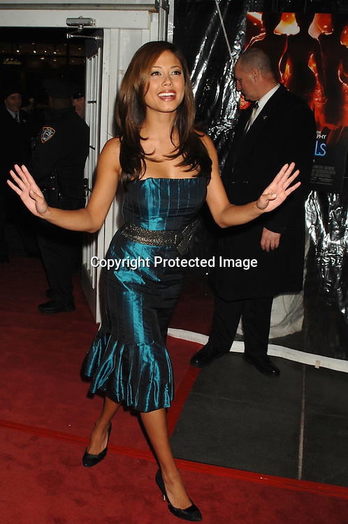 """Vanessa Minnillo..arriving at The World Premier of """"Dreamgirls"""" on ..December 4, 2006 at The Ziegfeld Theatre in New York, ..Roibn Platzer, Twin Images"""