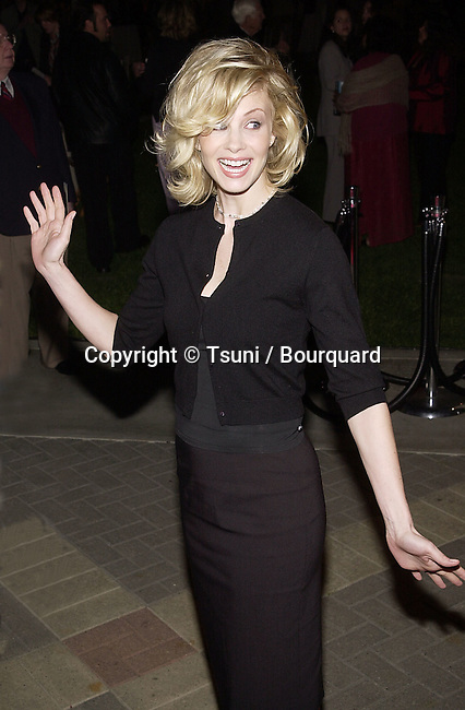 "Monica Potter arriving at the premiere of ""Along Came a Spider""  in the Paramount Lot in Los Angeles   4/2/2001   © Tsuni          -            PotterMonica18.jpg"