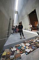 Asie/Israël/Judée/Jérusalem: Yad Vashem le Musée Mémorial créé en mémoire aux victimes de l'Holocauste -Architecte: Moshé Sfadie - Musée d'Art de l'Holocauste
