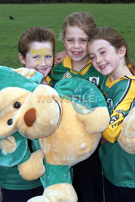 Claire Toland, Nicole Hogan and Lauren Fagen from Stamullen NS who are supporting Meath this Sunday..Picture: Paul Mohan/Newsfile
