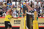 31.05.2015, Moskau, Vodny Stadion<br /> Moskau Grand Slam, Main Draw / Spiel Platz 3/4<br /> <br /> Angriff Jonathan Erdmann (#1 GER) - Block Alison Cerutti (#1 BRA)<br /> <br />   Foto © nordphoto / Kurth